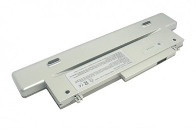 4400 mAh Dell Y0037 battery